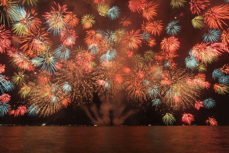 「びわ湖花火大会」は関西屈指のド迫力!感動必至の1万発を目撃せよ