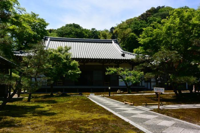 鎌倉らしからぬ洗練されたお寺
