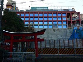 横浜に出現!京都清水寺のように舞台のあるお寺「横浜成田山別院」