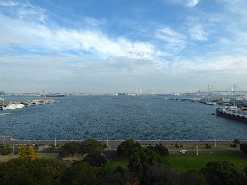 横浜ベイエリアの景色は朝食時に