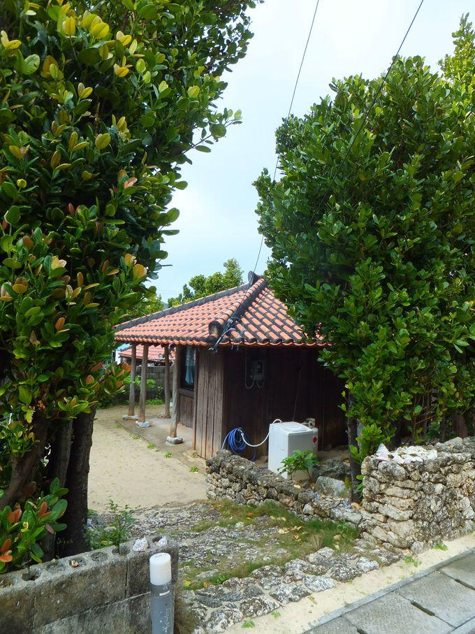 集落に残された6棟の古民家を宿泊施設として再生
