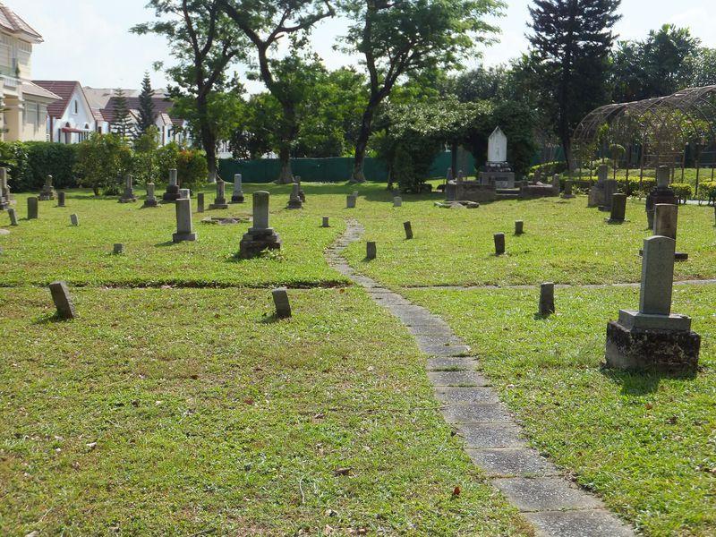 「からゆきさん」の眠る場所〜シンガポール・日本人墓地公園
