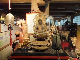 床下に入って来世観光!?木更津市「高蔵寺」は見所いっぱいのユニークな寺|千葉県|トラベルjp<たびねす>