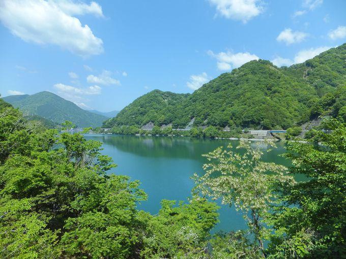 出発点がいきなり絶景!山々に囲まれた「丹沢湖」