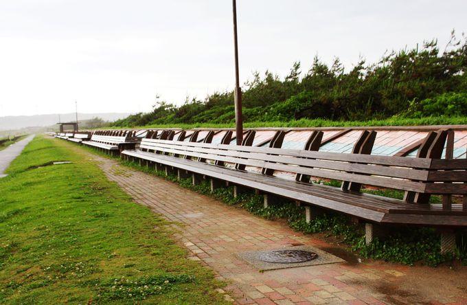 世界一長いベンチは能登半島にあり!