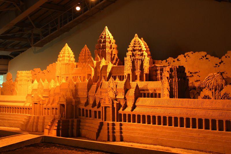 """砂像で世界を旅する!東南アジアの王朝の栄華と発展し続ける""""今""""のアジアが目の前に!"""
