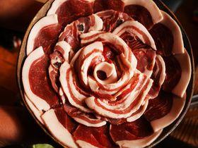 ぼたん鍋の美味しい季節がきた!丹波篠山の山里で、囲炉裏を囲んで生の猪肉を食す!|兵庫県|トラベルjp<たびねす>
