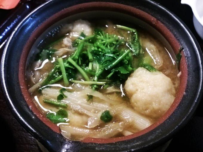秋田の山の芋鍋とは