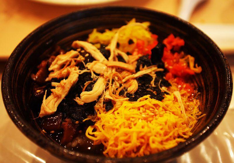鶏飯バイキングが555円!鹿児島空港での小腹満たしは奄美の郷土料理で