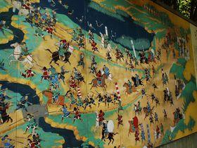 天下統一の道筋を巨大な絵巻物風陶板で体験!天王山ハイキング!|京都府|トラベルjp<たびねす>