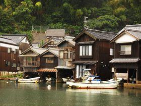 日本で一番海に近い京都伊根町!若狭湾沿いに連続する舟屋群が圧巻!|京都府|トラベルjp<たびねす>