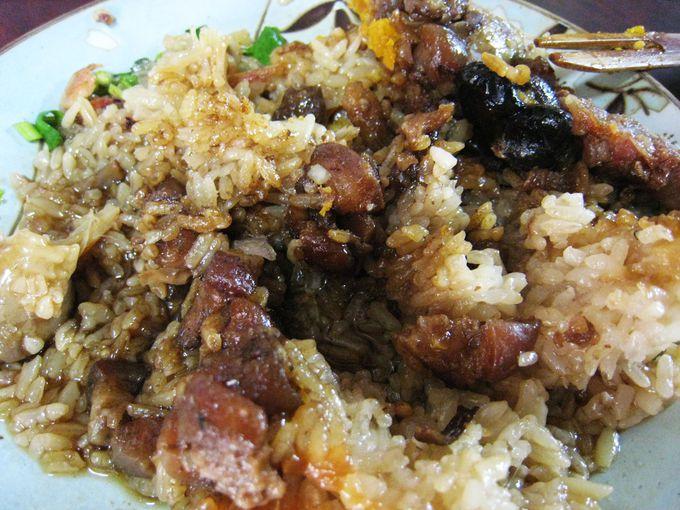 4日目・台南:台南2大B級グルメ、ちまきと担仔麺に舌づつみ