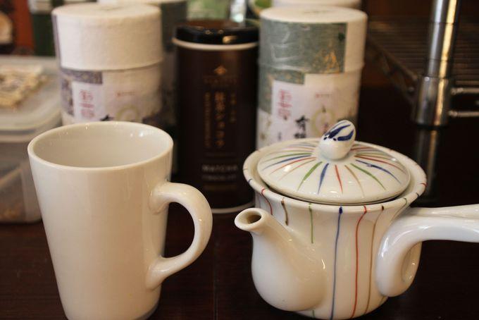 抹茶ラテ、冷たいグリーンティー、本格的な宇治茶まで飲み放題!