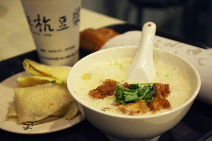 台湾朝ごはん・豆漿の超人気店「阜杭豆漿」
