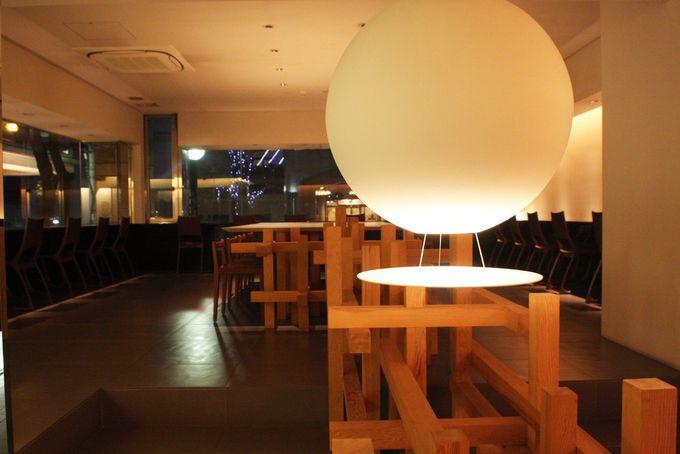 もう一つの部屋1F「静の空間−サロン」