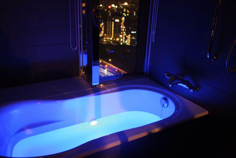 夜景を見ながら浴室ライトアップも!ホテルグランヴィア大阪がファミリーに人気のワケ