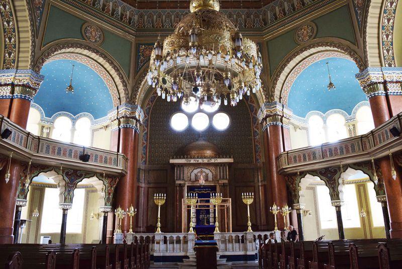 多宗教の寺院・教会が一度に見られるカオスな世界!ソフィアの歴史建造物5選!