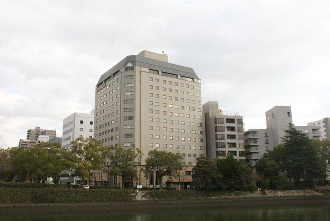 広島駅から広島電鉄で約10分