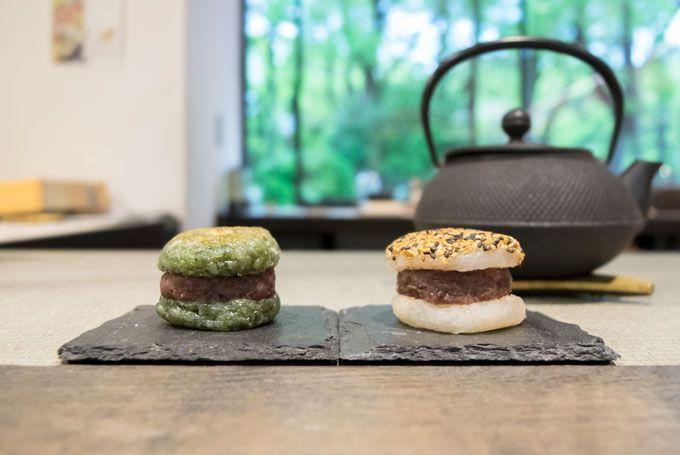 おはぎバーガーをおしゃれな日本茶スタンドで!大阪「CHASHITSU」