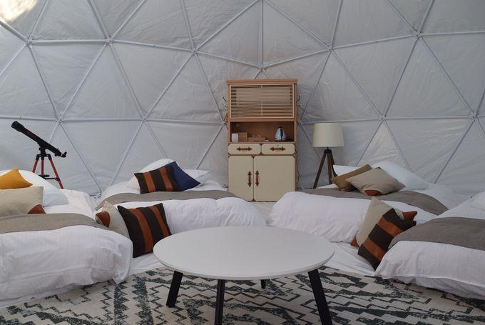 満点の星空を見ながら眠るホワイトドームや憧れのウッドキャビンも