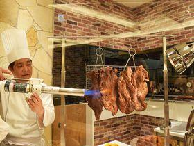 炎の大判ステーキに超冷たい天ぷらも!「ヤバいぞ!グルメ祭」が大阪新阪急ホテル・オリンピアで開催|大阪府|トラベルjp<たびねす>