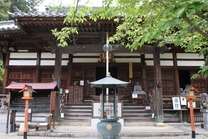 重要文化財・十一面観音像をまつる本堂