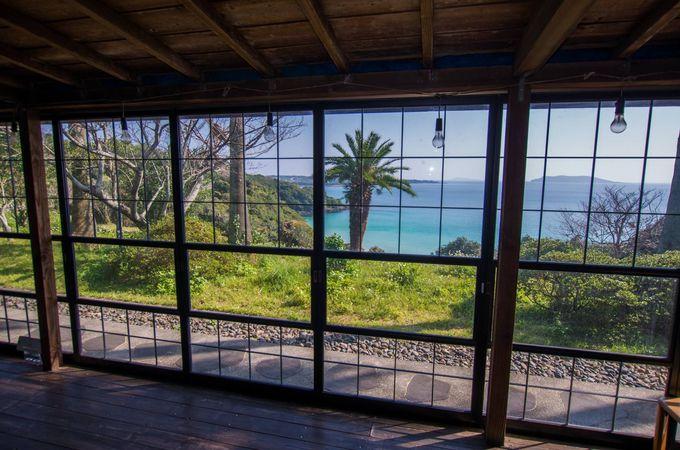 囲炉裏の先には青い海!五島列島・福江島の椿茶屋でご当地グルメ三昧