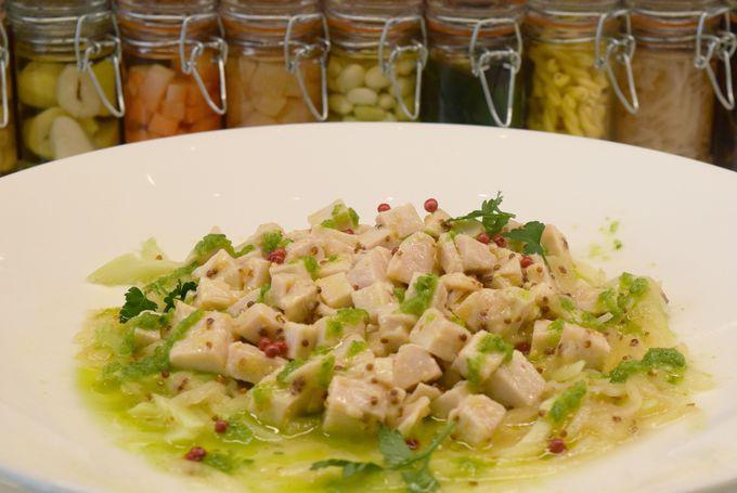 フレンチの前菜やチョップドサラダはヘルシーおいしいインスタ映え抜群!