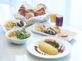 100種類超のビュッフェ or 地産地消の和朝食のどちらがお好き?ホテルニューオータニ博多