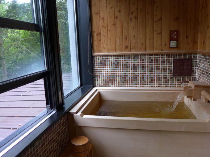 檜のお風呂が全室に!しかも温泉です!