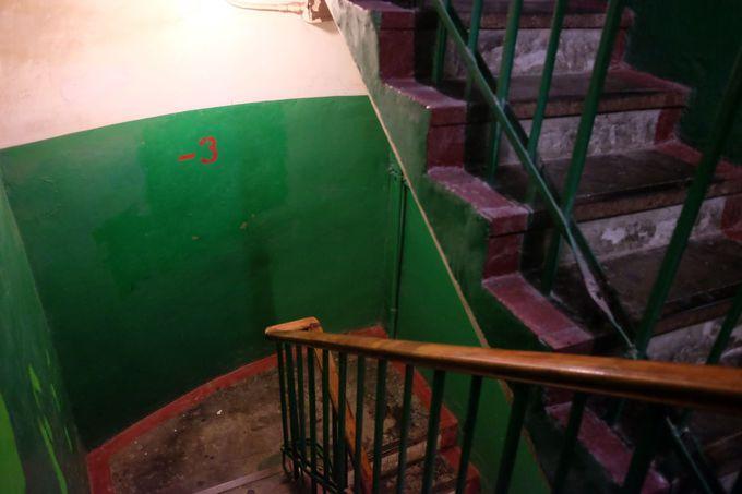 核シェルターの深さは、地下18階!
