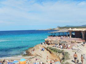 世界一美しいサンセット×音楽に感動!地中海の楽園イビサ島