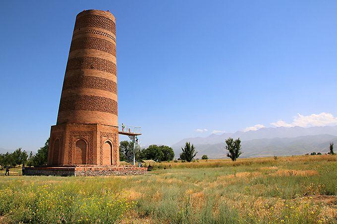 ブラナの塔とバラサグン遺跡