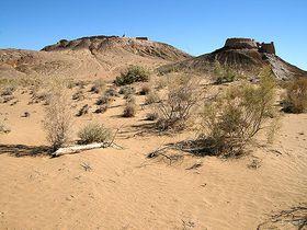 ウズベキスタンのキジルクム砂漠に残るホレズム王国の古代都市遺跡を巡る