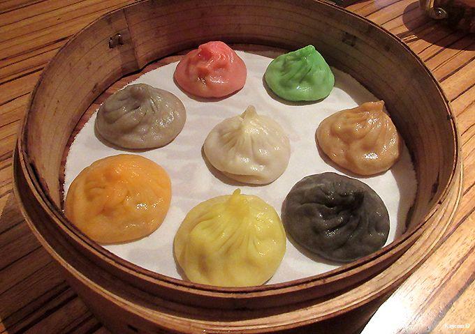 8色小籠包の日本一号店!銀座 パラダイスダイナシティでシンガポールテイストの中華料理を食す