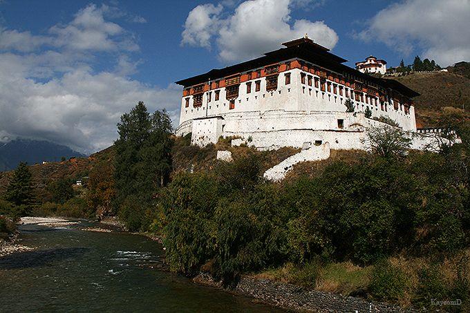 映画『リトルブッダ』のロケ地!おとぎの国ブータンの都パロの名所を巡る