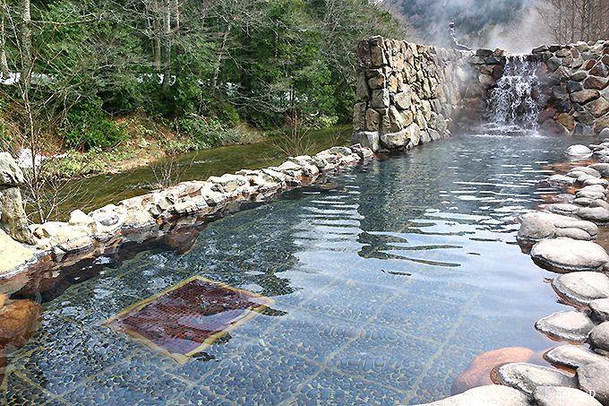 奥薬研温泉の「夫婦かっぱの湯」