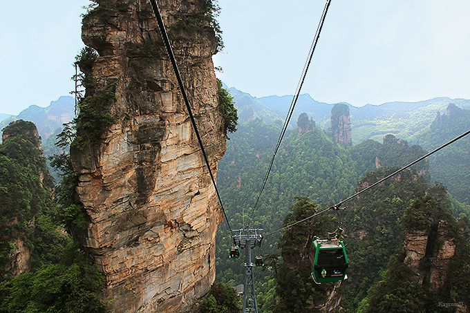 石柱が林立するアバターの世界!中国の世界遺産「武陵源」で地球規模の絶景を見よう