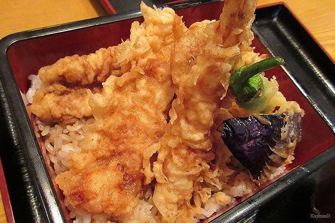 「食通ゆたか」で江戸前穴子天重のランチ