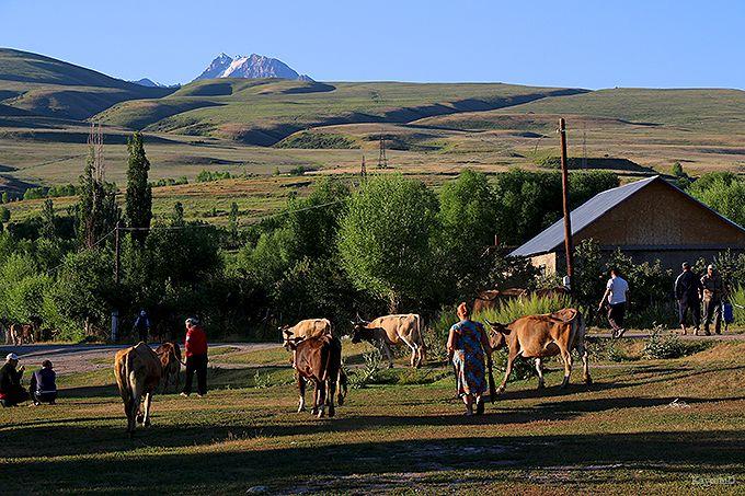 天山山脈の登山の拠点「カラコル」