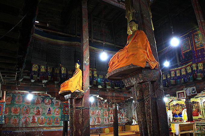 仏像が宙に浮く「ドゥカン」