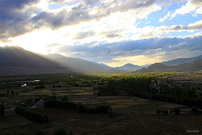 ティクセ・ゴンパからの風景