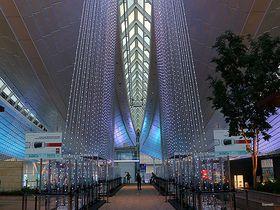 空港全体が輝くイルミネーション!羽田空港のイベントと見どころ紹介|東京都|トラベルjp<たびねす>