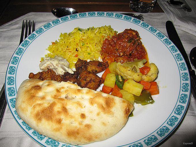 ホテルのレストランでパキスタン料理