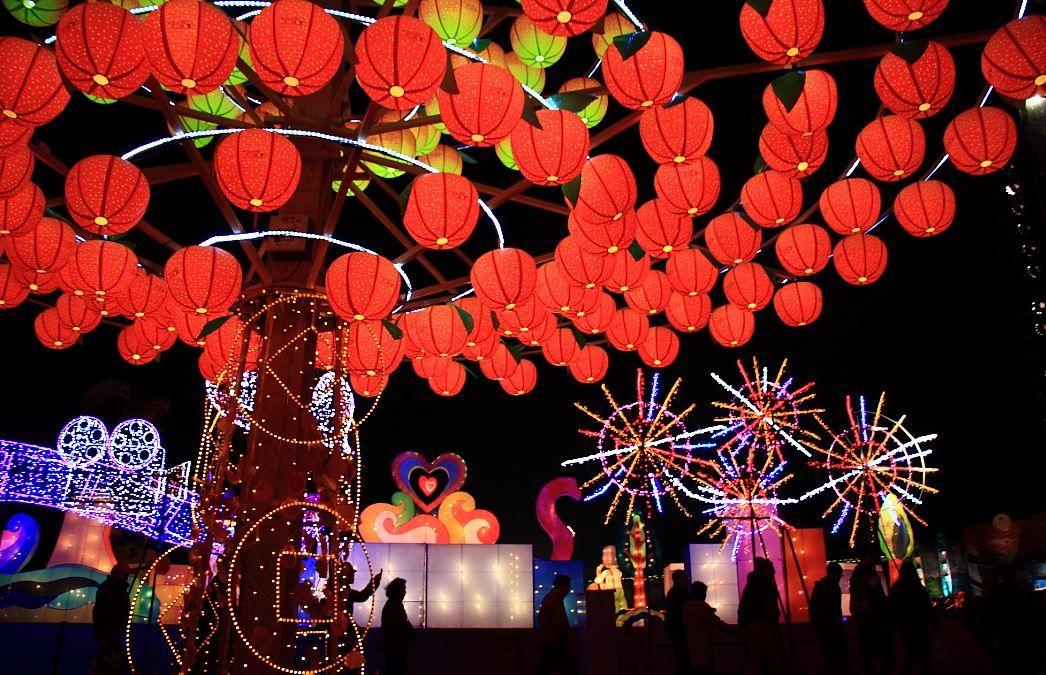 台湾「ランタンフェスティバル」2018年は嘉義で!場所や行き方は?幻想的な明かりの祭典!
