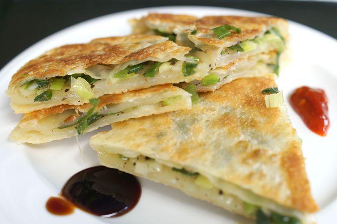 早速食べてみよう!五郎も食べた「葱餡餅」で台湾注入!