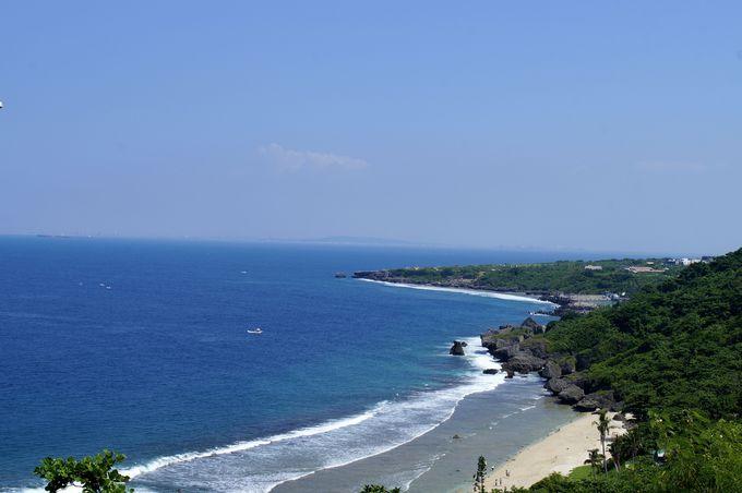 小琉球の美しい砂浜を一望できる「観波亭」