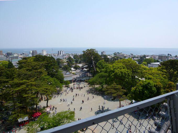 天守閣最上階から360度の絶景を眺めよう!
