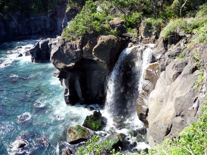 見れたらラッキー!幻の滝・「対島の滝」