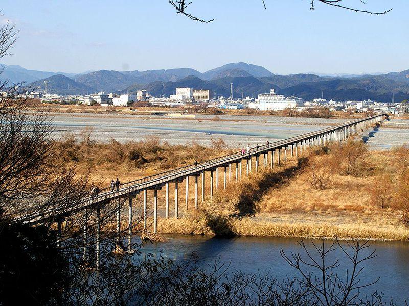 長さ世界一でギネス認定!島田市の長生きの橋「蓬莱橋」